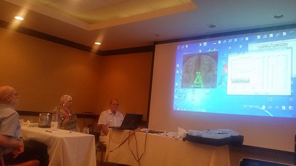Dr Lubar explaining Brainsurfer